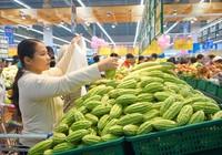 Co.opmart giảm giá mạnh tôm thẻ, hàu sữa, thịt heo xay