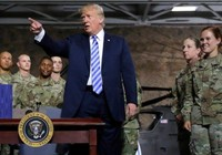 Luật Quốc phòng ông Trump ký nới tay Trung Quốc, khác ban đầu