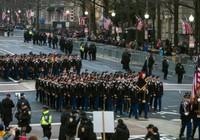 Lễ diễu binh ông Trump yêu cầu bị hoãn đến năm 2019