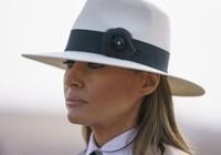 Máy bay chở bà Melania Trump ngập khói, phải hạ cánh khẩn