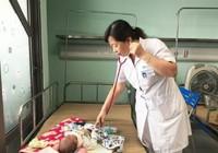 Trẻ ồ ạt nhập viện do bị virus nguy hiểm tấn công