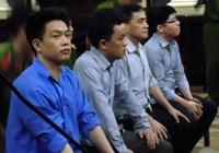 Vụ buôn lậu xe Việt kiều, hai cán bộ công an bị xét xử