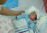 123 ngày sống sót kỳ diệu của bé trai sinh non chỉ 700 g