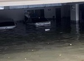 Đà Nẵng chìm nước, cảnh báo lũ quét toàn miền Trung