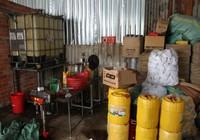 Cơ sở sản xuất hàng ngàn lit nhớt giả ở Cần Thơ
