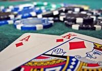 1 thanh tra giao thông ở Cần Thơ bị khởi tố tội đánh bạc