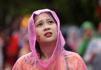 CĐV bật khóc dưới mưa nhìn Việt Nam vuột mất huy chương đồng