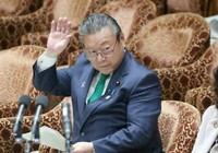 Quan chức an ninh mạng Nhật Bản nói chưa bao giờ dùng máy tính
