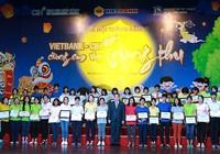 Vietbank trao học bổng cho trẻ em dịp Trung thu 2018