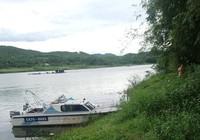 1 nam du khách nước ngoài chết lõa thể trên sông Hương