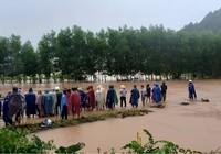 Thừa Thiên-Huế: Nam thanh niên bị nước lũ cuốn mất tích