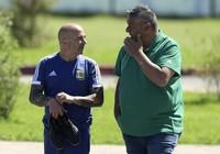 """Argentina """"đảo chính"""" đòi Barruchaga lên thay HLV Sampaoli"""