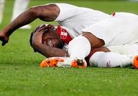 Chuyển động World Cup: Farfan bất tỉnh sau va chạm kinh hoàng