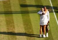 """Serena """"ghi điểm"""" dù thất bại trận chung kết Wimbledon"""