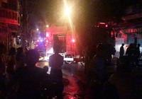 3 người mắc kẹt trong căn nhà bị cháy ở quận 5