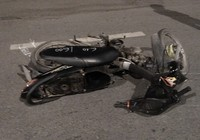 2 thanh niên bất tỉnh trên đường cạnh xe máy ở quận Bình Tân