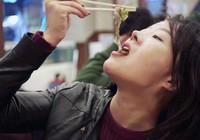 Quê hương HLV Park Hang-seo khoái ăn mực, bạch tuộc VN