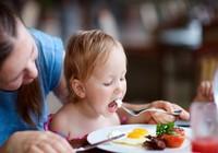 Nên ăn mấy quả trứng trong tuần để không bị quá liều?