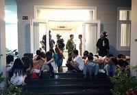 Nhóm nam nữ thác loạn ma túy trong biệt thự ven biển