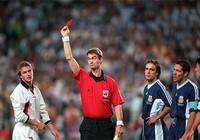 Ký ức World Cup: Cú ngáng chân định mệnh giết chết thế hệ vàng