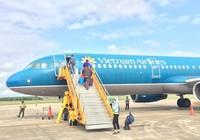 Lương ngành hàng không: Kẻ 240 triệu đồng, người chỉ 7 triệu
