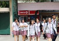 Nhiều trường đại học liên tiếp công bố điểm sàn xét tuyển