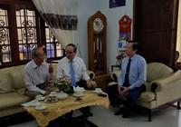 Bí thư Thành ủy Nguyễn Thiện Nhân thăm các nhà giáo tiêu biểu