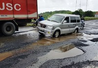 Quốc lộ 1 qua Phú Yên chằng chịt ổ gà, tai nạn liên tục