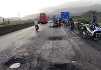 Sụp ổ trâu trên quốc lộ 1, một người tử nạn