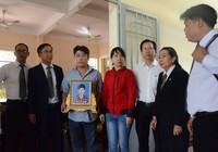Tạm ngưng phiên xử dùng nhục hình ở trại giam Long Hoà
