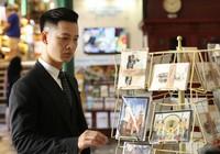 Ca sĩ đầu tiên quay hình bên trong Bưu điện trung tâm Sài Gòn