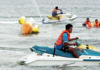 Yêu cầu kiểm tra việc kinh doanh mô tô nước trên biển