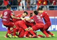 Cầu thủ Jordan bị chuột rút và sức mạnh Việt Nam