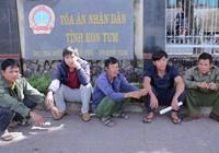 Thông tin bất ngờ vụ cưa gỗ khô ở Kon Tum ngày cận Tết