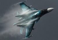 2 tiêm kích bom Su-34 Nga đâm nhau trên không