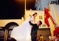 Những hình ảnh cực ngọt ngào trong đêm bão Việt Nam vô địch