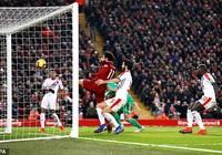 Liverpool ngược dòng nghẹt thở trong trận cầu 7 bàn thắng