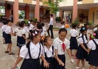 Trường học đạt chuẩn quốc gia lo phá chuẩn
