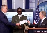 Ông Trump quyên góp toàn bộ quý lương đầu tiên