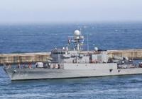 Hàn Quốc bán tàu chống ngầm cho Philippines chỉ 100 USD