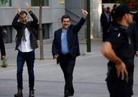 Tây Ban Nha bắt hai lãnh đạo phong trào đòi độc lập