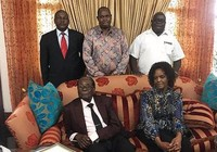 Tổng thống Zimbabwe giữ gia sản khủng, không bị truy tố