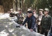 Ông Kim Jong-un bí mật thăm đơn vị áp sát Hàn Quốc?