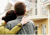Sao vợ chồng phải cùng đứng tên trong sổ đỏ?