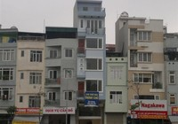 Cuộc cạnh tranh khốc liệt giữa nhà phố và căn hộ chung cư