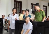 Trưởng phòng Công thương ở Vĩnh Long hầu tòa vì tham ô