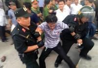 Hai người bị tạm giữ tại BOT Cai Lậy đã ra về