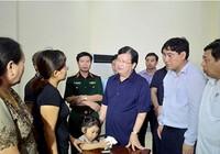 Phó Thủ tướng Trịnh Đình Dũng gặp động viên gia đình Đại tá Trần Quang Khải