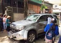 Sự thật vụ dân đập phá xe hơi 'bắt cóc trẻ em' gây xôn xao