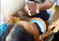 Đã thả người phụ nữ bị dân bắt dí dao tra khảo